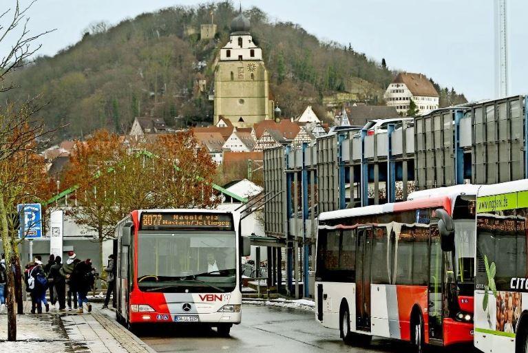 Bus gratis, anche i tedeschi le sparano grosse